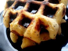 PaleOMG: Lemon Poppyseed Paleo Waffles