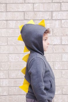 Oooh could I get away with this as the boy's dinosaur costume for Halloween? Sewing Projects For Kids, Sewing For Kids, Diy For Kids, Sewing Ideas, Children Projects, Fun Projects, Sewing Tutorials, Dinosaur Sweater, Girl Dinosaur