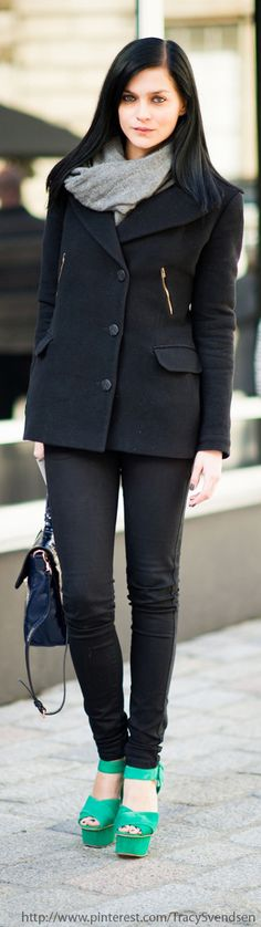 Street Style London A pop of color in HEELS can make an outfit #love