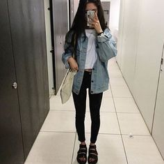 7/10 you see how big this bitches denim jacket is i want that