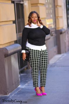 Trendy Curvy - Plus Size Fashion. Top asos, shoes- which i love-bcbg. pants and shirt old navy. Plus Size Fashion Blog, Fashion 101, Curvy Fashion, Fashion Looks, Fashion Outfits, Curvy Plus Size, Plus Size Women, Curvy Street Style, Look Plus