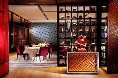 Yee Tung Heen - award-winning Cantonese dining - The Excelsior Hong Kong, by Mandarin Oriental Hotel Group Restaurant Entrance, Tea Restaurant, Restaurant Counter, Oriental Restaurant, Chinese Restaurant, Restaurant Design, Oriental Hotel, Restaurant Interiors, Chinese Bar