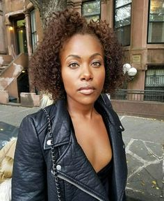 DeWanda Wise from She's Gotta Have it Curly Hair Tips, Curly Hair Styles, Natural Hair Styles, Hair Milk, Meagan Good, Dyed Natural Hair, Color Your Hair, Natural Hair Inspiration, Woman Crush