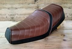 Custom Seat Covers, Scooters, Automotive Upholstery, Motorcycle Seats, Electric Scooter, Vintage Love, Concept Cars, Old School, Messenger Bag