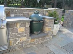Custom outdoor kitchen with gas grill and Big Green Egg built-in. I on green egg outdoor furniture, green egg outdoor kitchen plans, green egg outdoor kitchen grill, green egg table cover, green egg small kitchen ideas,