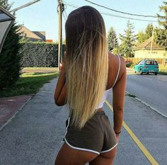 Hair: 1 or Shorts Sexy, Sexy Jeans, Sexy Women, Girl Body, Beach Girls, Perfect Woman, Girls Jeans, Mode Inspiration, Sexy Hot Girls
