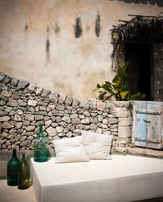 Casa Talìa Slowliving in Sicilia Modica / Italy / 2012 Outdoor Rooms, Outdoor Gardens, Outdoor Living, Outdoor Life, Outdoor Decor, Ibiza, Rock Wall, Mediterranean Style, Wabi Sabi