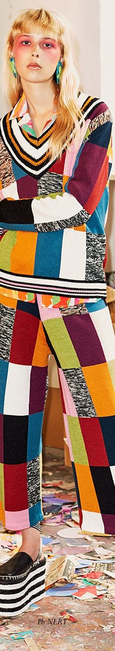 Hause of Holland Resort 2018 House Of Holland, Knitwear, Colorful, Play, Spring, Fashion, Moda, Tricot, Fashion Styles
