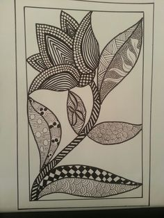 black and white flower tangle