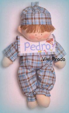 Muñeco en pijama con babero | PatronesMil