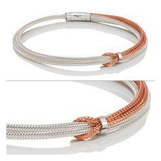 Pulsera de acero entrelazadas entre si en dos colores, con cierre ajustable de Nomination Beig / Blanco http://relojesplatayacero.com/