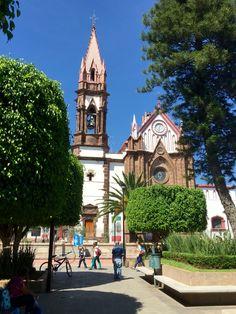 Iglesia y Plaza de Chavinda Michoacán