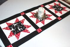 Reindeer Table Runner Quilt for Christmas in by QuiltSewPieceful, $45.00