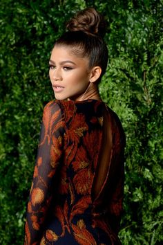 Zendaya at the 12th annual CFDA/Vogue Fashion Fund Awards in NYC 11/2/15