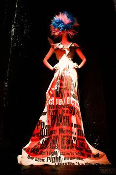 Met Gala Goes with Punk:Chaos to Couture Exhibit Art Costume, Costumes, Punk Costume, Punk Fashion, Fashion Wear, Mode Punk, Punk Princess, Costume Institute, Indie Kids