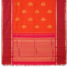 Deep orange and maroon - a classic Kanjeevaram combination with eternal paisley motifs Kanakavalli Kanjivaram Silk Sari 071-01-21501 - Full View