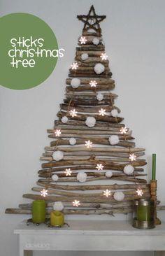 Stick Christmas tree | Albero di Natale di legno