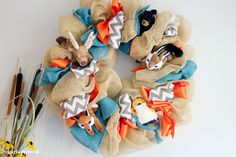 Tribal Party Decor - Woodland  Animals Wreath - It Girl Approved http://itgirlapproved.com/tribal-themed-baby-shower/