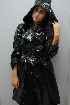 Ciré femme noir brillant nouvelle collection dans votre boutique Lm Gérard
