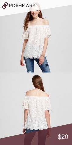 ✨Off The Shoulder Blouse✨ Brand new with tags! Size Large and X-Large available. Purchased for family photos but we ended up changing our minds. It's a gorgeous style and is perfect for spring. Please note that shipping takes 2-3 days extra because I'm shipping from overseas 💗☺️ Tops Blouses