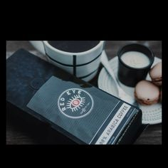 Christmas is fast approaching, so make sure you get those coffee lovers in your life the perfect gift! Red Eye Coffee, Thing 1, Dark Roast, Red Eyes, Coffee Lovers, Gourmet Recipes, Christmas, Gifts, Bloodshot Eyes