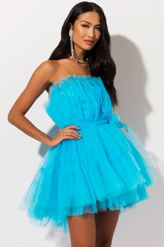 Strapless, tulle based party dress by AKIRA. Diy Dress, Tulle Dress, Party Dress, Puffy Dresses, Short Dresses, Prom Dresses, African Dresses Online, Girl Fashion, Fashion Dresses