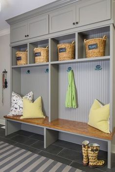 Traditional Mud Room with flush light, Carpet, Paintable White Beadboard, Natural Hyacinth Braided Cameron Tote Baskets