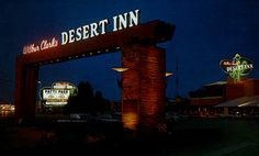 The Desert Inn wellcomes you on a warm desert night!