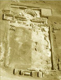 Vista general de la basílica visigoda de Cabeza de Griego situada en el costado suroeste de la ciudad romana de Segóbriga, procedente de un estudio de J.M. Abascal y R. Cebrián sobre la inscripción del obispo Sefronius.