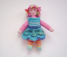 Molly Twist is a little doll (just 15 cm tall) with masses of knitted curls, a pretty dress and her own patchwork blanket. She is knitted with small amounts of 4 ply yarn and is a chance to play with lots of colours.