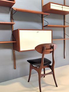 Poul Cadovius Royal system Design, Denemarken Louis van Teeffelen, Wébé chair