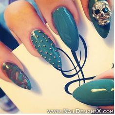 green stiletto nails » Nail Designs & Nail Art