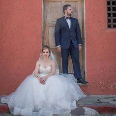 In love #luispedrogramajophotography #wedinguatemala #wedding #weddingday #destinationweddingphotographer #bride #destination #destinationwedding #bridebook #weddingdecor #weddingphoto #weddingideas #weddings #weddingphotography #weddingphotographer #weddingdress #love #forever #wed #picoftheday #photooftheday #weddingideas_brides #weddingawards #weddinginspiration #HuffPostIDo #theweddinglegends #marriage #perhapsyouneedalittleguatemala #instawedding #gelinlik
