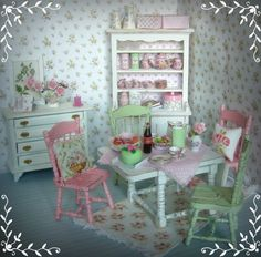 Shabby Chic Green Cottage: Karkkivärejä keittiöön/ Sweet as candy :) Shabby Chic Green, Shabby Chic Cottage, Shabby Chic Decor, Miniature Kitchen, Miniature Crafts, Barbie Furniture, Play Houses, Doll Houses, Miniture Things