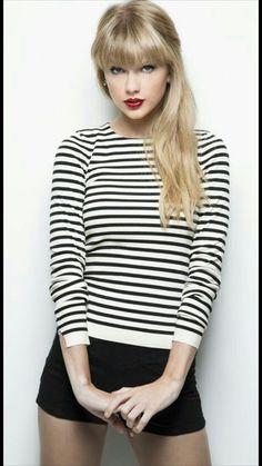 Taylor Swift as Aelin Ashryver Galathynius