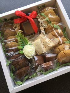 Love giving South Africa, Gift Ideas, Create, Ethnic Recipes, Food, Eten, Meals, Gift Tags, Diet
