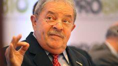 O ex-presidente Luiz Inácio Lula da Silva recebe homenagem da União Brasileira de Biodiesel e Bioquerosene