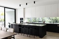 Our Lubelso by Canny Homes Contemporary facade has been reinvented for our new concept home in Brighton. Open by Appointment. Modern Kitchen Design, Interior Design Kitchen, Interior Ideas, Black Kitchens, Home Kitchens, Dream Kitchens, Brighton Houses, Concept Home, Cuisines Design