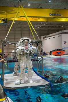 Thomas Pesquet during training at JSC Zachary Taylor, Johnson Space Center, Air And Space Museum, International Space Station, Rockets, Cosmos, Nasa, Minions, Underwater