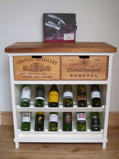 Painted rustic wine rack by BoisRustique on Etsy Wine Box Shelves, Crate Shelves, Wine Storage, Wood Shop Projects, Furniture Projects, Diy Furniture, Wooden Wine Crates, Vintage Wooden Crates, Rustic Wine Racks