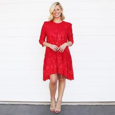 I'm back in this stunning (Smiddy) red dress for tonight's celebration dinner to mark the end of the Townsville to Brisbane Bottlemart Smiddy Challenge. . . . @dissh_boutiques Wishing Well Babydoll Dress | @tonybianco heels…