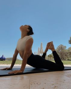 Health Goals, Health And Wellness, Health Fitness, Workout Attire, Workout Aesthetic, Body Motivation, Yoga Flow, Gym Time, How To Do Yoga