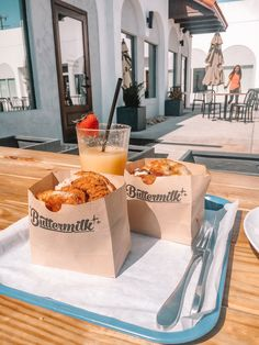 Brunch at Buttermilk Biscuits Norman Oklahoma, Tulsa Oklahoma, Travel Oklahoma, Kansas, Food Places, Places To Eat, Oaklahoma City, Vacations To Go, Kids On The Block