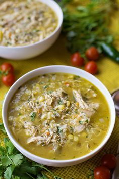 This bold & flavorful chicken and hatch chile stew is ready to go in just 1 hour! It's loaded with shredded chicken, fresh corn, rice and of course, hatch chiles! Easy Chicken Recipes, Soup Recipes, Cooking Recipes, Healthy Recipes, Drink Recipes, Healthy Chili, Recipies, Pepper Recipes, Dinner Recipes