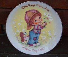 Items similar to Vintage Avon Little Things Mean A Lot Mother's Day Plate, 1982 on Etsy Vintage Avon, Retro Vintage, Vintage Kitchen, Recycled Gifts, Avon Collectibles, Small Boy, Beagle Puppy, Vintage Plates, Color Of Life