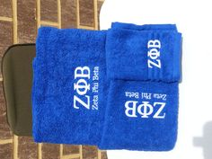 Phi Beta Sigma, Sigma Gamma Rho, Masonic or Zeta Phi Beta Greek Letters embroidered in gold on royal blue towel set. Set consists Bath towel, Hand Towel and Wash Cloth. All 100% Cotton. Washable. Perfect Fathers/Motherss day, holiday, birthday or any occasion gift for your favorite