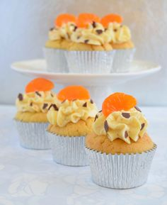 Cupcakes de mandarina rellenos de crema de chocolate con  mermelada de mandarina