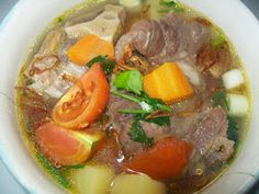 soup with oxtail Indonesian style Asian Recipes, Beef Recipes, Soup Recipes, Cooking Recipes, Ethnic Recipes, Fun Cooking, Cooking Time, Indonesian Food, Indonesian Recipes