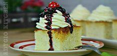 Savarine de casa la tava , o praj8itura insiropata si aromata cum nu este alta. Care este secretul unei savarine bune? Cum se fac savarinele de casa si care este reteta pentru savarine pufoase? Romanian Desserts, No Cook Desserts, Taste Of Home, Food Cakes, Cheesecakes, Vanilla Cake, Cake Recipes, Sweet Treats, Sweets