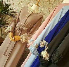 Street Hijab Fashion, Abaya Fashion, Fashion Dresses, Islamic Fashion, Muslim Fashion, Nigerian Outfits, Arabic Dress, African Wear Dresses, Mode Abaya
